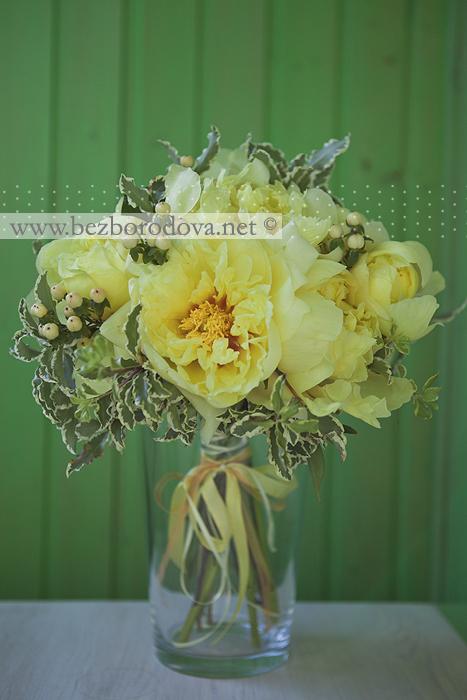 Из английских роз пионов орхидей и роз
